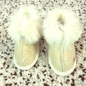 Sheepskin/fur new slippers